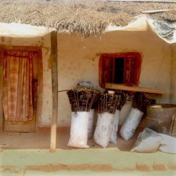 Zimba | Charcoal Storage